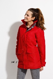 An image of Women's Fleeces & Jackets
